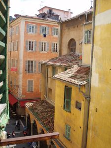 Photo for Charming Provencale apartment in Old Nice