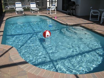 Heatable private pool at the house - have a splash!