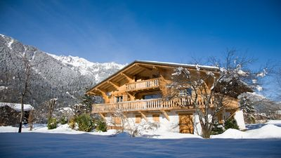 Photo for Chalet Sauberands - luxury chalet, 5mins walk from centre of Chamonix