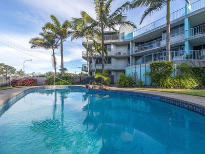 Photo for 3BR Unit - Opposite the Maroochydore Beach at Cotton Tree