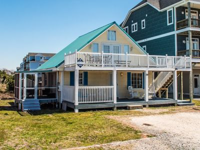 Photo for Isle Fly Away: 3 BR / 2.5 BA house in Surf City, Sleeps 10