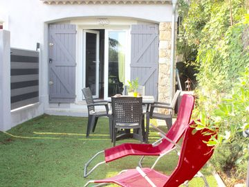 Search 3,066 holiday rentals