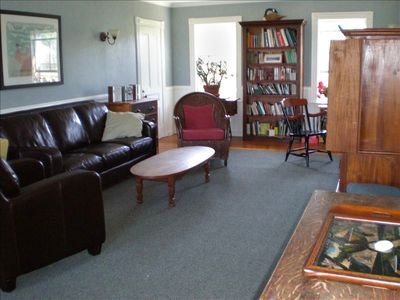 living area (1 of 2)