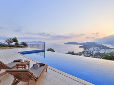 Photo for Penthouse The Grand, Duplex Apartment With Breathtaking Panoramic Sea Views