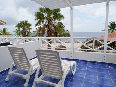 Beautiful Updated Seafront Townhome with Gorgeous Views and Easy Ocean Access