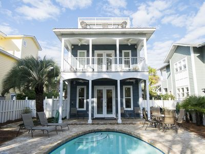 Photo for Blue Paradise: 4 BR / 3 BA house in Seagrove Beach, Sleeps 12
