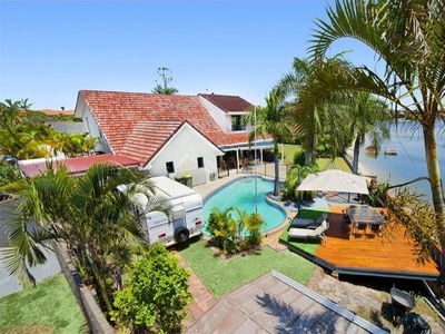 Photo for Luxury 6 Bedroom Waterfront Home with views