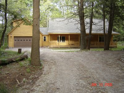 Plan your summer vacation on Lake Huron in quiet splendor.Low rate September/Oct