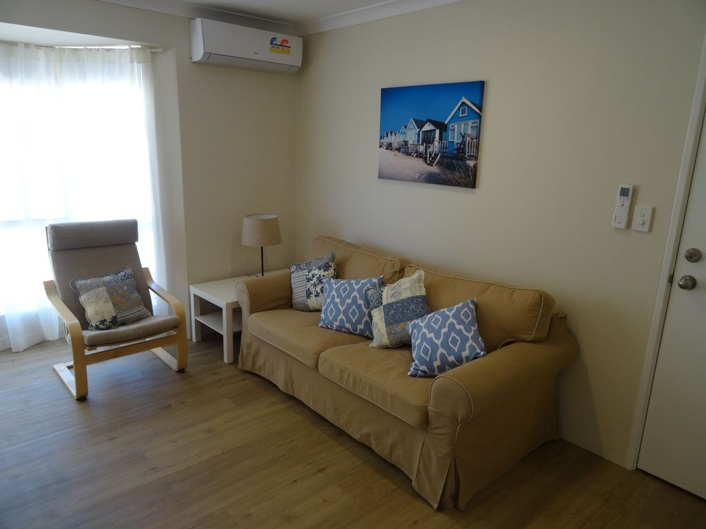 Private, Spacious 1 Bed Flat