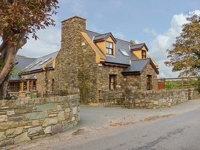 Photo for BRIDGE VIEW, family friendly in Beaufort, County Kerry, Ref 930108