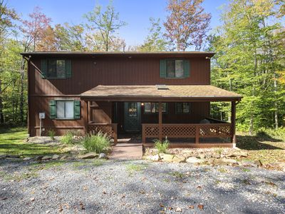 Photo for Adorable and Affordable Mountain Cabin Has It All and Then Some!