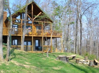 Level Lot on 1 Acre on top of the Mountain, w/campfire pit, offstreet parking