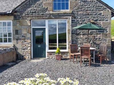 Photo for TETHERA COTTAGE, pet friendly, with a garden in Lupton, Ref 4247