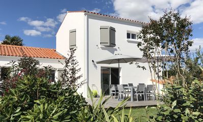 Photo for Charming house 8 people 400m from the beach and 300m from the village of la Tranche sur Mer