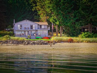 Photo for Beachfront vacation home on the most amazing mountain view beach