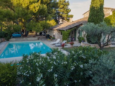Photo for Picturesque Provence home with pool in Eygalieres