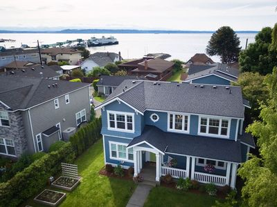 Photo for Stunning Downtown Craftsman home steps from beach and Ferry!
