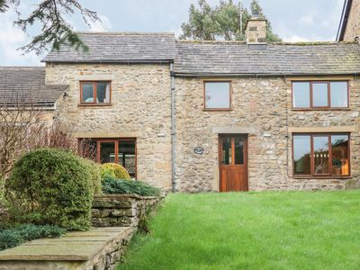 Photo for TAWNY COTTAGE, pet friendly, with open fire in Ingleton, Ref 1003880