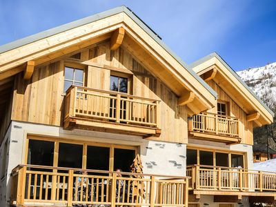 Photo for Charming and cozy chalet, very suitable for a large group of skilovers