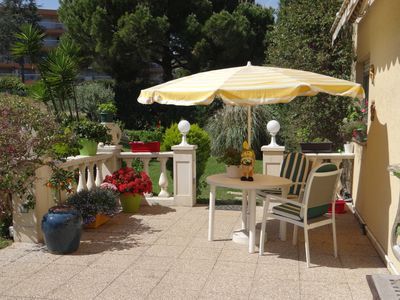 Photo for Bright and quiet 46m2 apartment in the city center