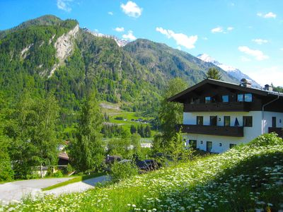 Photo for Haus Kitzsteinhorn 8 - beautiful apartment, sunny terrace with panorama view
