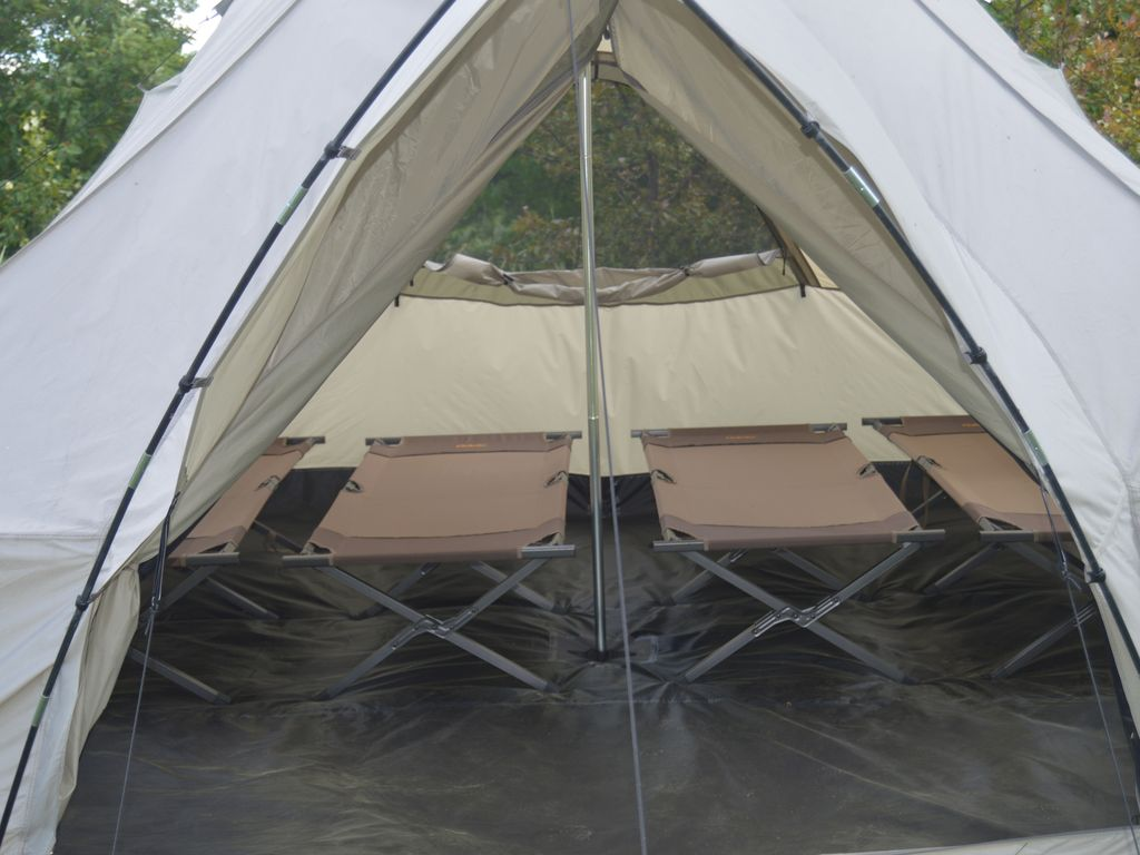 Outfitter sleeps 4 comfortably on cots & Relax in an outfitter tent overlooking the ... - VRBO