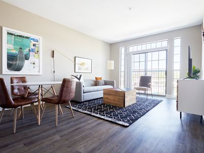 Photo for Sonder   East Eleventh   Tranquil 1BR + Pool