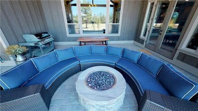 Photo for 56679 Glowstone Loop: 6 BR / 6.5 BA home in Bend, Sleeps 14
