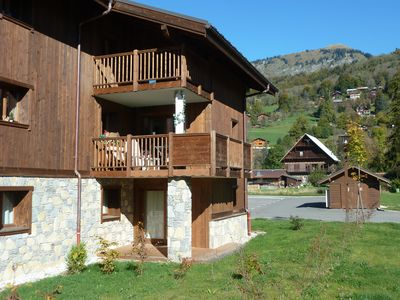 Photo for Modern Traditional Apartment With Pool, sleeps 6 in Samoens Centre