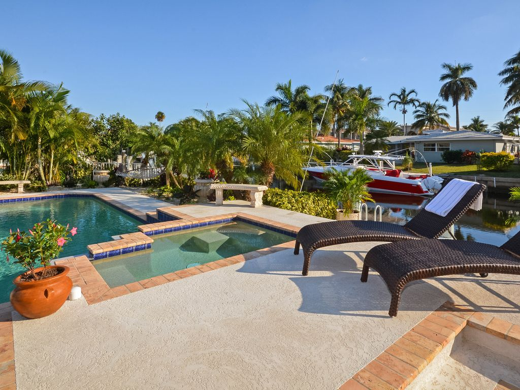 WATERFRONT** With Heated Pool & Jacuzzi ... - VRBO