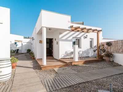 Photo for Holiday apartment with terrace directly by the sea - Casa A