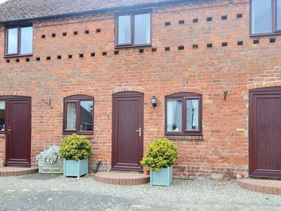 Photo for 1 bedroom accommodation in Dorrington, near Shrewsbury