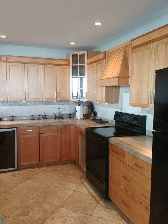 Luxury East End Condo with 180 degree OCEAN... - VRBO