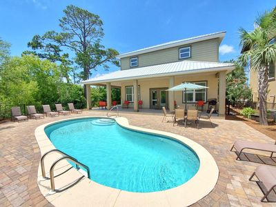 Secluded & Quiet Home! Private Pool & Golf Cart Included(6 Passenger)! 5 Min. to Beach!