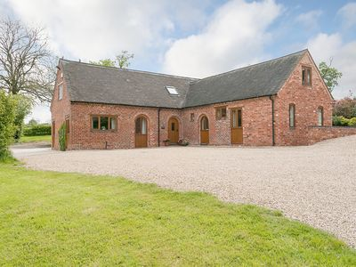 Photo for 5 bedroom accommodation in Newborough, near Burton-on-Trent