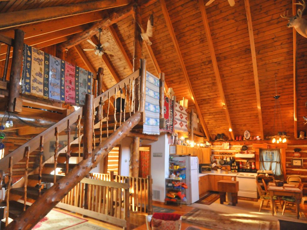 BEAUTIFUL 3 BEDROOM LOG HOME VERY UNIQUE U0026 PRIVATE IN THE HEART OF  SOUTHWEST MI.