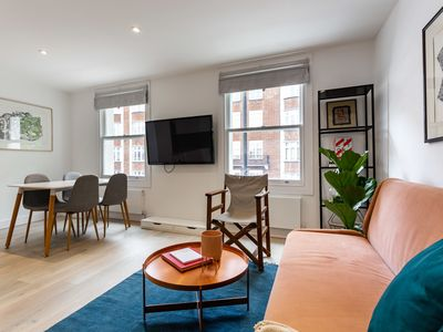 Photo for Modern 2Bed Apt in Fulham, near River Thames