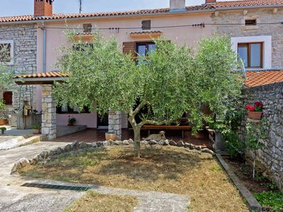 Photo for Holiday home Orihi * 2000 m2 fenced garden, covered terrace, BBQ
