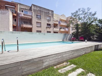 Photo for Apartment Barcelona Rentals - Terrace & pool duplex in centre for 8 pax