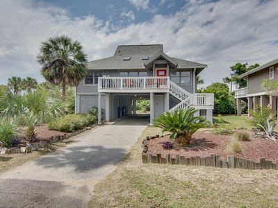 Photo for Private home w/access to shared pool, tennis, basketball courts & county park!