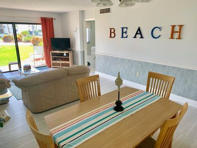 Beach Themed 2 Bedroom 2 Bathroom Ground Floor Condo/Close to Gated Pool -  Cape Canaveral