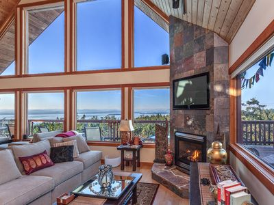 Photo for Gorgeous 4-Bedroom Island Retreat With Island/ Water Views; Sleeps 12