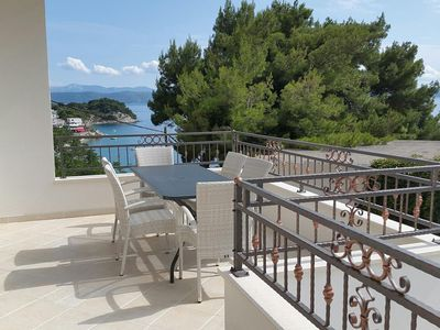 Photo for Three bedroom apartment with terrace and sea view Drašnice (Makarska)