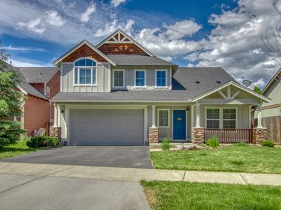 Photo for Gorgeous house with game room & soaking tub by Old Mill w/ Starbucks gift card