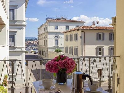 Photo for Tosca Center apartment in Santa Maria Novella with WiFi, integrated air conditioning, balcony & lif…