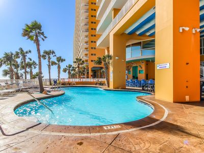 Photo for Inviting Gulf front rental w/water views, shared pools, gym, grill, & snack bar