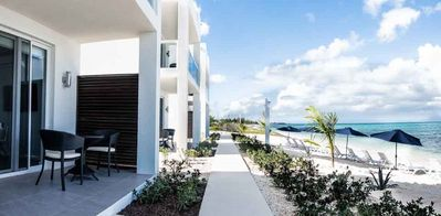 A Stunning Oceanview, Beachfront, Dream Villa with Plunge Pool for Adults