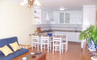 Photo for House 4 people, garden, parking, barbecue, 3 minutes from Playa de Areas (Sanxenxo)
