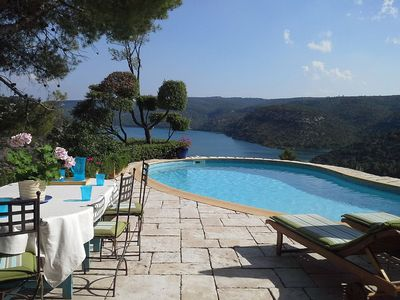 Photo for Cottage in the countryside with pool and great views of the lake of Esparron