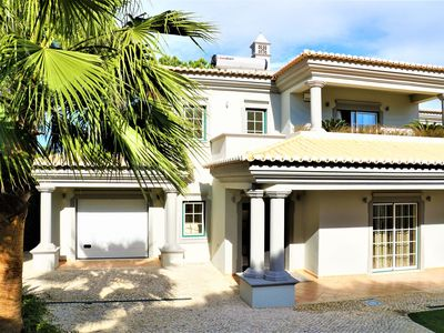 Photo for Exceptional villa with swimming pool close to beach & golf. Ideal for families